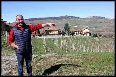 Fenocchio-Giacomo_Claudio_Showing-Vineyards
